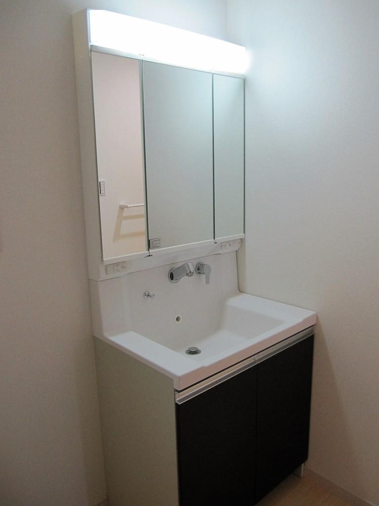 洗面化粧台(同社施工例)