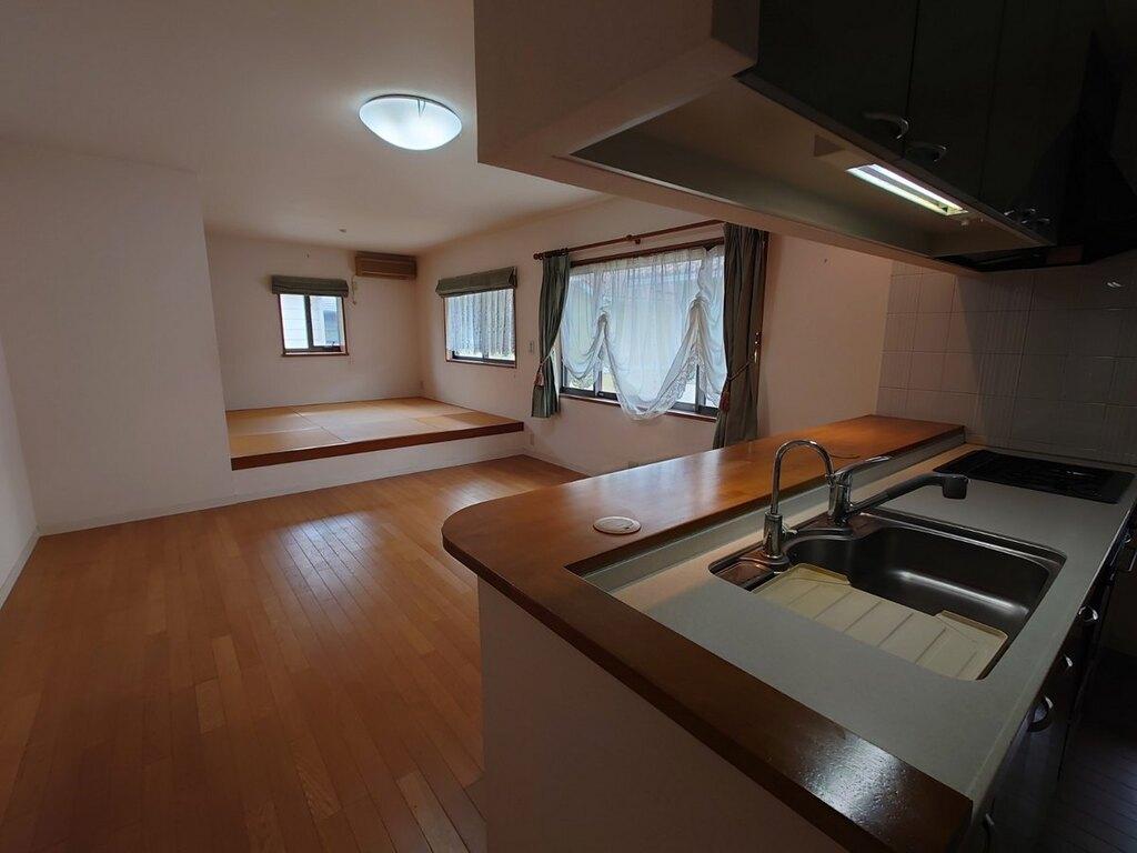 2階リビングは和室スペースと一体