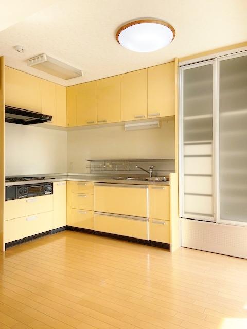 大型L型キッチン