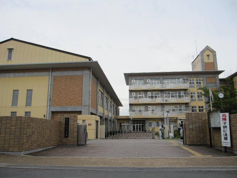 渋川小学校