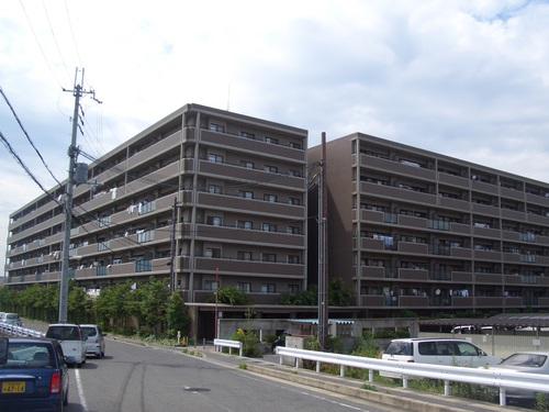 CCレイクシティ瀬田-外観.JPG